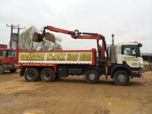 8 wheel grab lorry