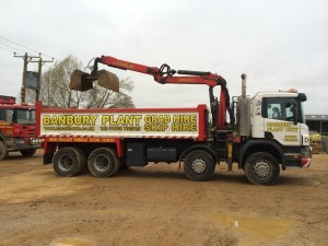 8 wheel grab lorry